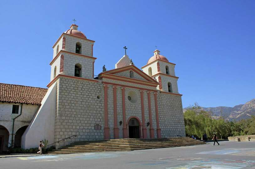 The Old Mission Santa Barbara was established in 1786 and is still home to a community of Franciscan