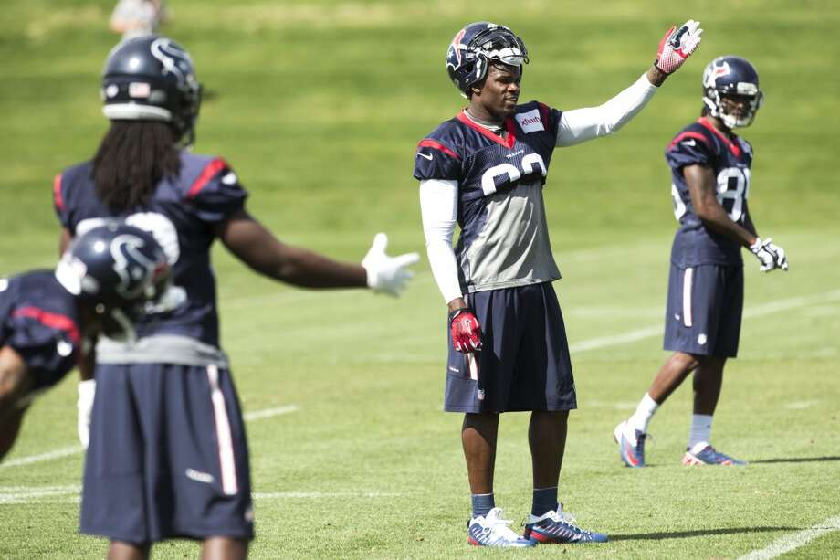 Texans wide receiver Andre Johnson (80) goes through a drill. Photo: Brett Coomer, Houston Chronicle