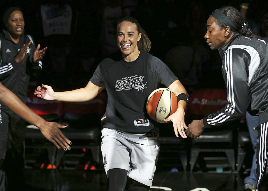 Adding to the legacy of San Antonio Stars' Becky Hammon: She'll be the first woman on an NBA coaching staff. Photo: Tom Reel / San Antonio Express-News / The San Antonio Express-News
