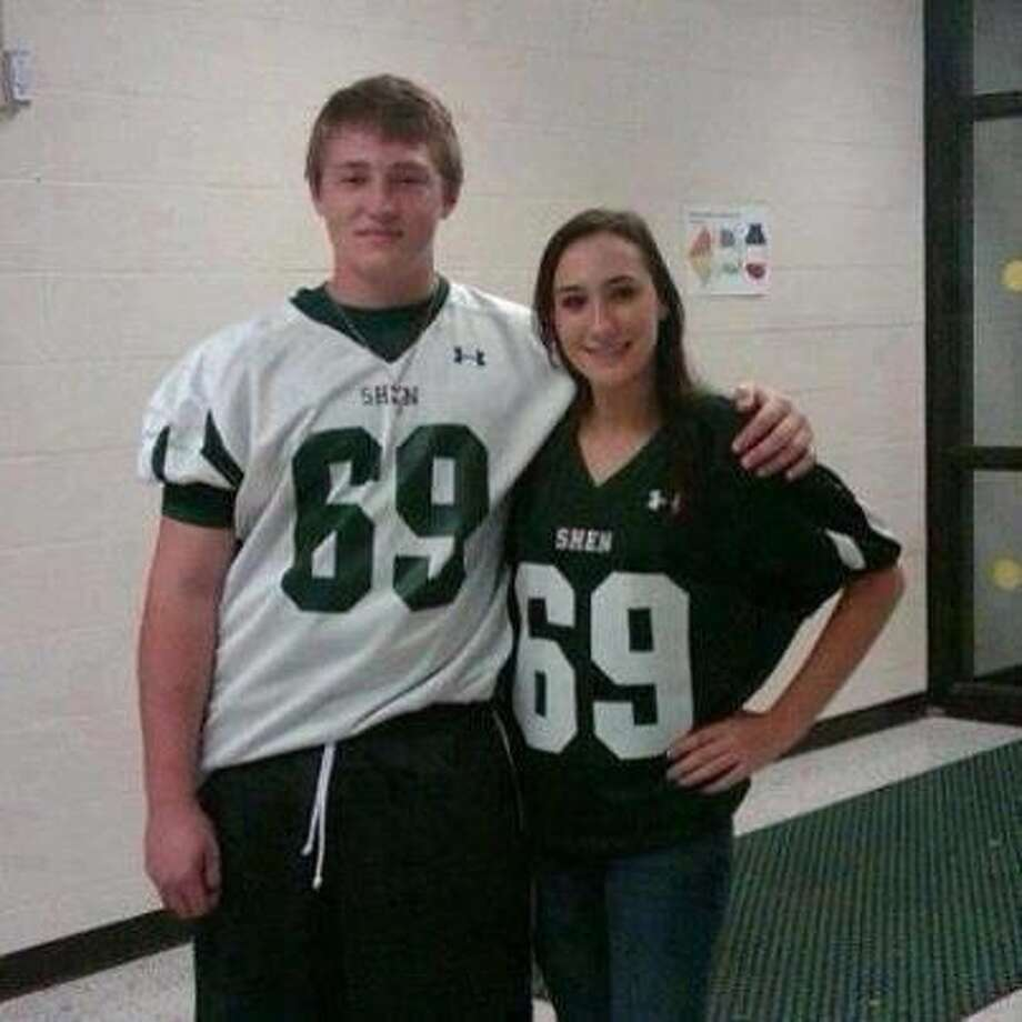 A photo of Chris Stewart and Deanna Rivers, two Shenendehowa seniors who lost their lives in a car crash Dec. 1. 2012. (Facebook)