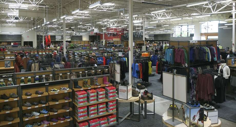 "22. REI Rating: 4.0 out of 5 | Location: Kent, Washington ""I love what REI stands for and find it easy to talk about the Co-Op. I really appreciate the direction that executive management is taking our company."" -- REI employee Photo: Kin Man Hui, San Antonio Express-News"