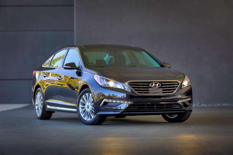 Hyundai's seventh-generation 2015 Sonata is fronted by a larger, more refined grille with a wide air intake.
