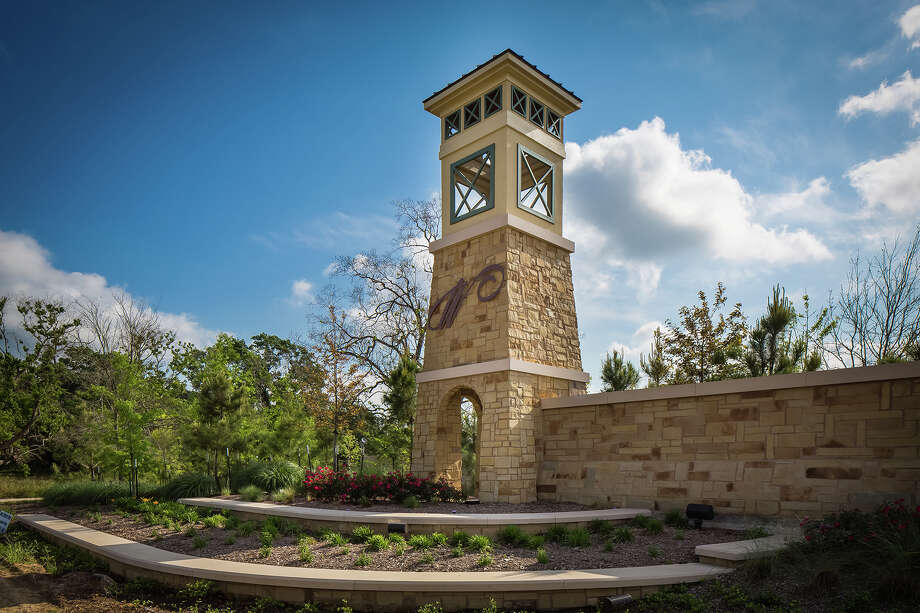Wildwood at NorthPointe, a Friendswood Development community in the Tomball area, offers new homes priced from the $150,000s to the $500,000s. / ©2013 Steve Chenn Photography