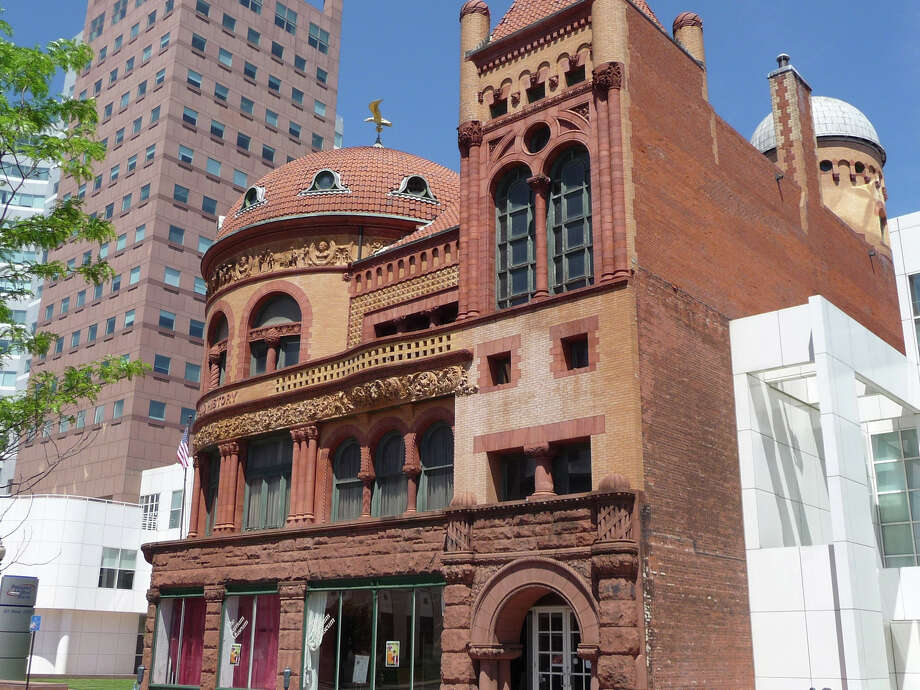 William Hosley will discuss the state's ugly and beautiful architecture at an illustrated lecture Thursday evening, Aug. 28, at Bridgeport's Barnum Museum, above. Photo: Contributed Photo / Connecticut Post Contributed