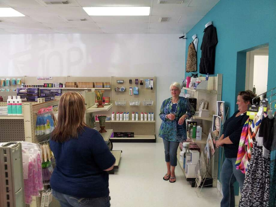Hailey's Beauty Supply, 900 S. Main, Lumberton, celebrated a ribbon cutting on Friday. Owner is Melanie Bourne. For information, call  409-751-0550  Photo: Dulce Browning