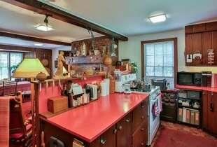 Kitchen.  Photos: MLS/Martha Diebold