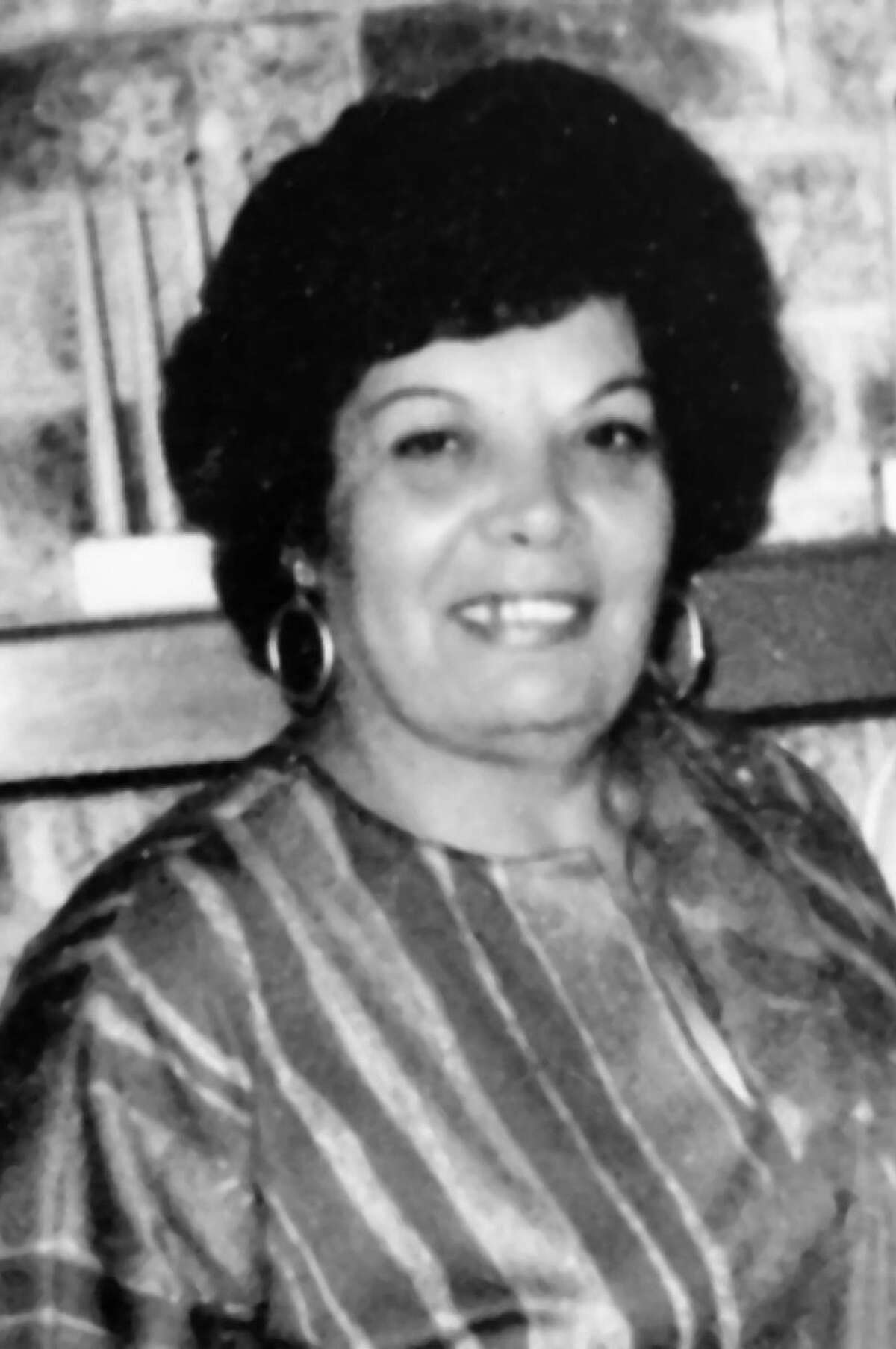 Anna DiPietro Bishop grew up speaking Italian and Arabic, and learned Greek and English.