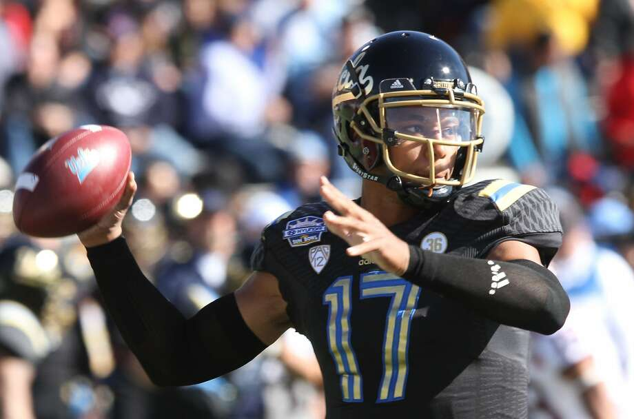 Stanford will have to contend with UCLA quarterback Brett Hundley, one of the Pac-12's best, in the regular-season finale. Photo: Victor Calzada, Associated Press