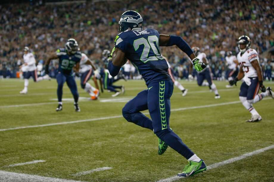 "3. Depth issue? What depth issue?  As we near the beginning of the regular season, some national football pundits have been pointing toward Seattle's   depth as a weakness -- particularly in the defensive backfield -- after offseason losses. Um, we don't know what   they're talking about.  Take Jeremy Lane. The backup cornerback was Friday night's standout -- hands down -- streaking all over the field   both on defense and on special teams. After a few big plays in the first quarter, Lane nearly picked off Jay Cutler   after he baited the Bears quarterback into throwing his way. Lane did it again at the end of the period, when he   stepped forward out of nowhere to pick off the ball near the goal line, running 41 yards the other way and ending   Chicago's only first-half red-zone threat.  Furthermore, numerous other Seahawks on the roster bubble ended up Friday's stars. Benson Mayowa, playing mostly   from the hybrid ""Leo"" position, made several key stops. Linebacker Heath Farwell, starting in an injury-depleted   linebacking corps, came up with a sack and a tackle for loss to go with his five total tackles. Wide receiver Ricardo   Lockette is still a special-teams monster. And, once again, LB O'Brien Schofield made it likely an easy decision for   Carroll to put him on the 53-man roster. Depth was one of Seattle's strongest suits in 2013; did the national pundits   just forget? Photo: Otto Greule Jr, Getty Images"