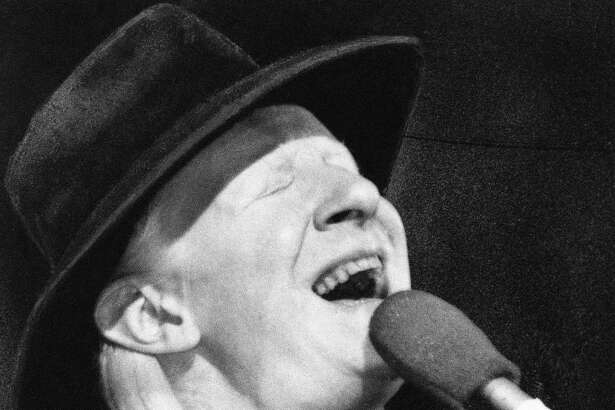 Johnny Winter, entertainer, as he performed at New York's Palladium Theater on Oct. 1, 1977, in a benefit performance for the New York Public Library to purchase rare blues records. (AP Photo)
