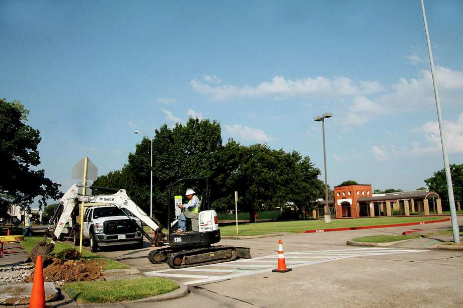 """Construction workers are in the process of expanding the McWhirter Elementary campus.  The school had  73 exterior doors.""""That was a safety issue, and now we're taking it down and rebuilding it,"""" said CCISD spokesman Elaina Polsen. Photo: Pin Lim, Freelance / Copyright Pin Lim."""