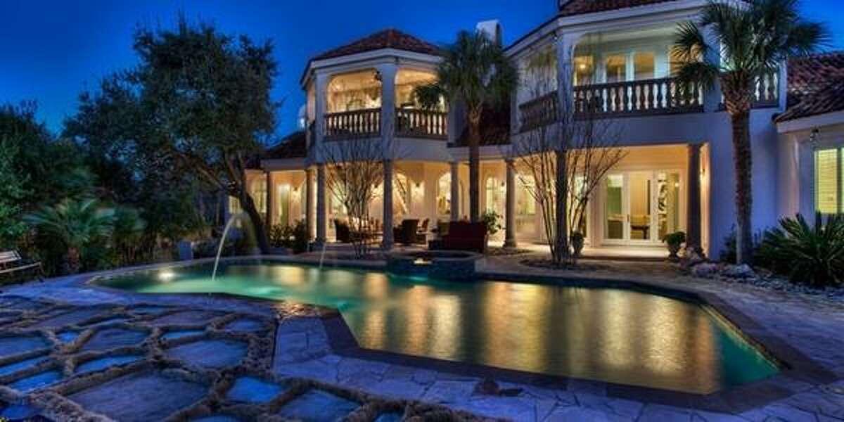 5 Merrivale Pl San Antonio, TX Asking price: $1.8MNeighborhood: THE DOMINIONBedrooms: 5Full Baths: 4, 4 partialMls id:1041500