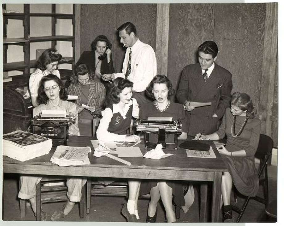 The Daily Cougar newsroom, circa 1940s.
