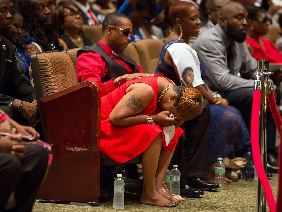 Lesley McSpadden, the mother of 18-year-old Michael Brown, weeps during her son's funeral in St. Louis. Photo: Richard Perry, Associated Press