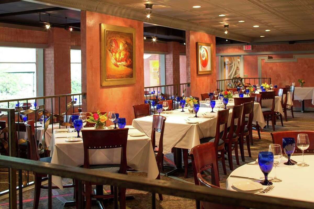 Amerigo's Grille Amerigo's Grille will offer a three-course dinner for $45 during Houston Restaurant Weeks. One of the entree options, the snapper Amerigo's, is usually $39.