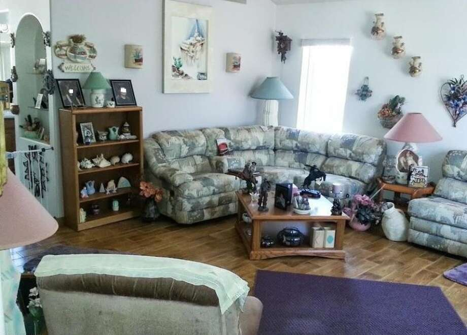 Perhaps meant to show the hobbies and interests of the seller, this room mainly shows poorly. Photos: http://uglyhousephotos.com/