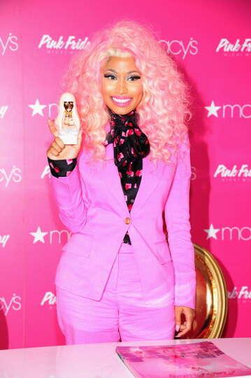 Nicki Minaj Real name: Onika Tanya Maraj Photo-6774445 ...