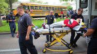 Kids hurt in school bus crash - Photo