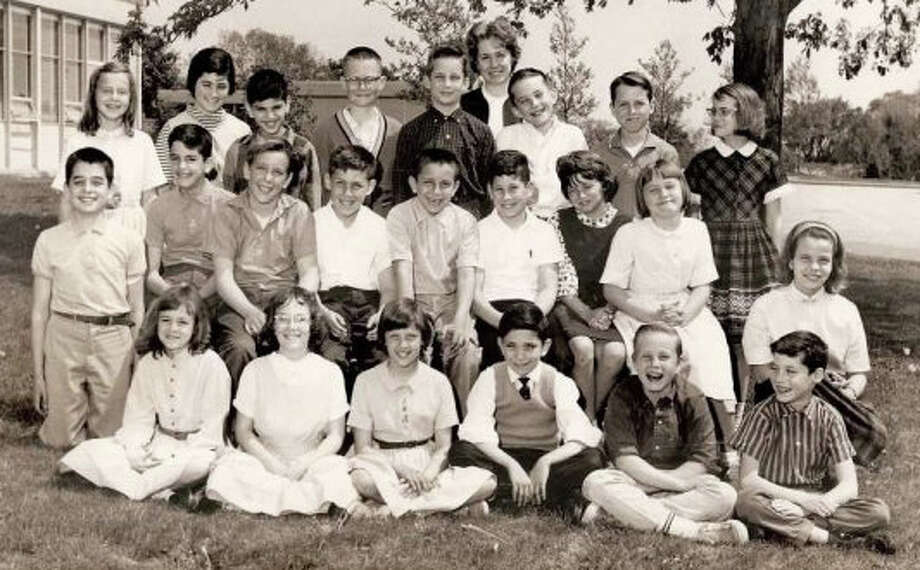 A typical Burr Farms School sixth grade class from an era of black-and-white school photos. Photo: X, Westport News/Contributed Photo / Westport News