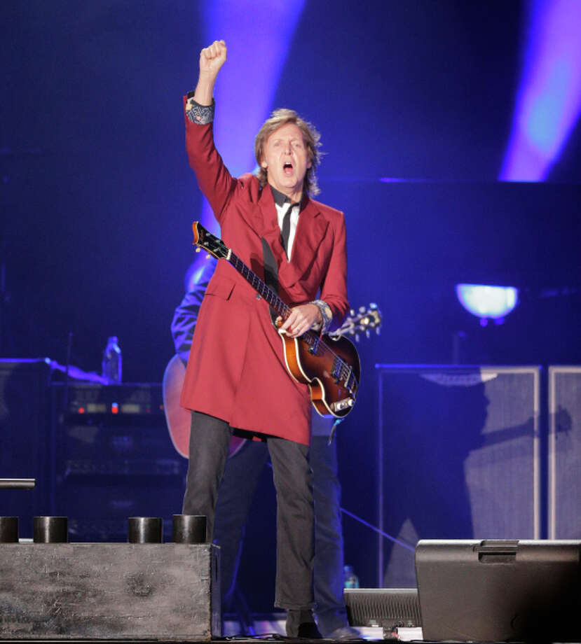 Paul McCartney gave a fine farewell to Candlestick Park on Aug. 14. Photo: Mike Kepka, Staff / ONLINE_YES