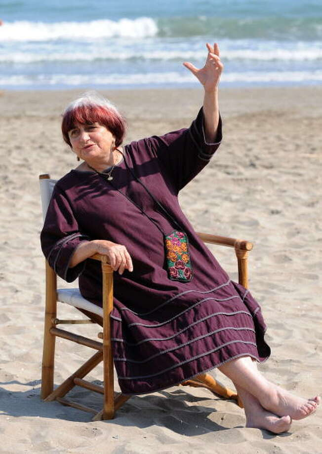 "France's director Agnes Varda poses during the photocall of the movie""The Beaches of Agnes."" Photo: ALBERTO PIZZOLI, AFP/Getty Images"
