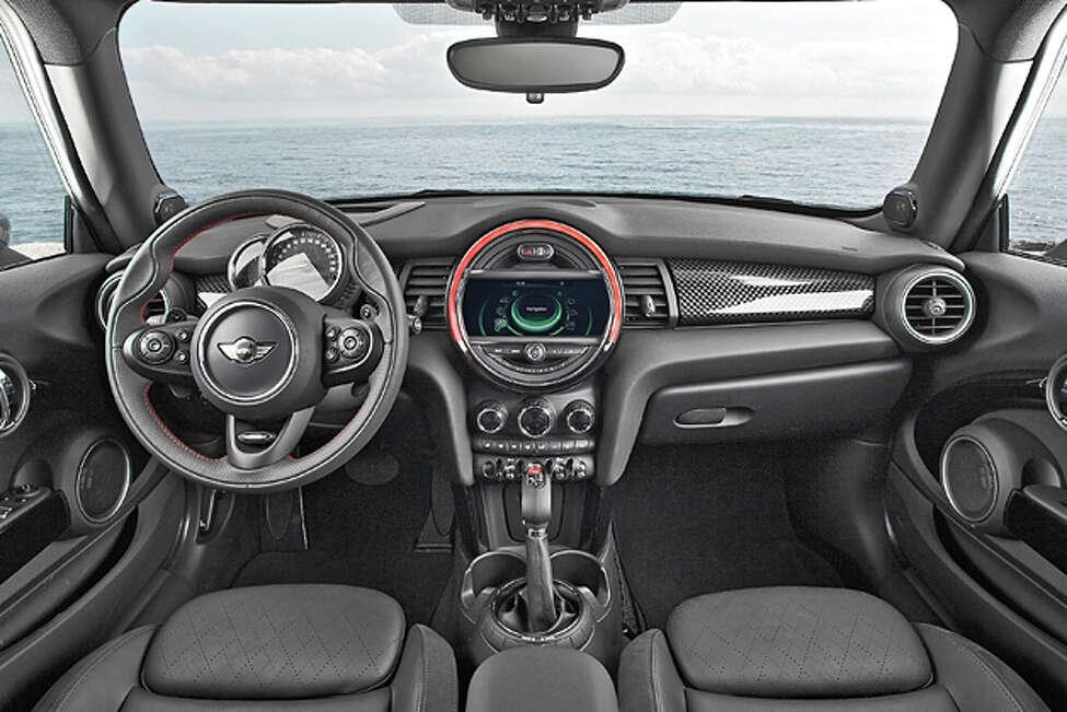 2014 MINI Cooper S (photo courtesy MINI)
