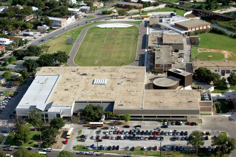 29 (tied). Brackenridge High School:57Math proficiency: 65 percentReading/language arts proficiency: 54 percentGraduation rate: 89 percentSource: StartClass Photo: William Luther, San Antonio Express-News / © 2012 San Antonio Express-News