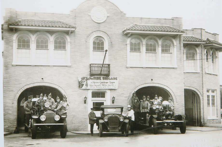 A photo from the 1930s shows the fire station at 604 S. Alamo St. that the City of San Antonio is selling. (Courtesy photo) Photo: COURTESY PHOTO