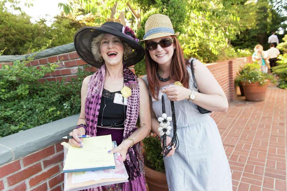 Karen Boquist-Gelineau and Cara Jones at CASA of San Mateo County's Auxiliary Garden Party on August 24. 2014. Photo: Susana Bates For Drew Altizer, Drew Altizer Photography / DREW ALTIZER PHOTOGRAPHY