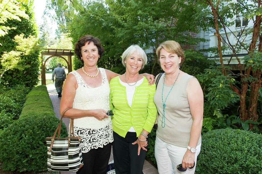 Gayle Almeida-Hage, Kathy Kern and Toni Willis at CASA of San Mateo County's Auxiliary Garden Party on August 24. 2014. Photo: Susana Bates For Drew Altizer, Drew Altizer Photography / DREW ALTIZER PHOTOGRAPHY