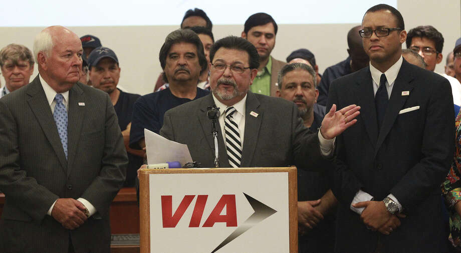 VIA Board Chairman Alex Briseño (at lectern) and the VIA Board of Trustees will continue to advance the implementation of the 2035 Transportation Plan. Photo: John Davenport / San Antonio Express-News / ©San Antonio Express-News