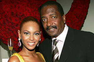 Beyonce's dad offering a class for $199 - Photo