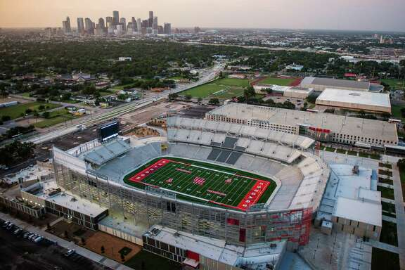 TDECU Stadium at the University of Houston seen in an aerial view on Wednesday, Aug. 20, 2014, in Houston. ( Smiley N. Pool / Houston Chronicle )  City: Houston  Location: South Side GPS: N29(degrees)43.190' W95(degrees)20.879'