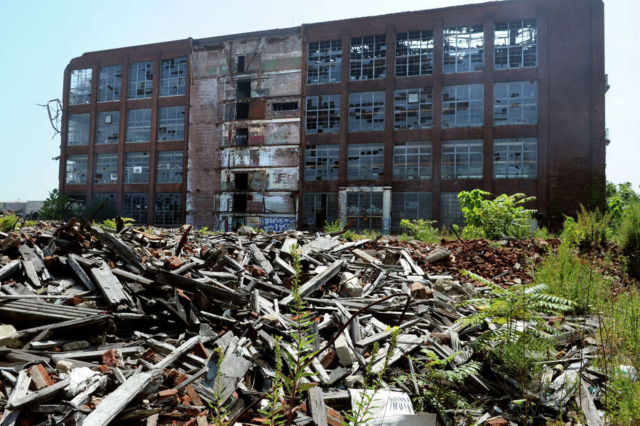 The former Remington Arms plant, in Bridgeport, Conn. Aug. 20, 2014. The empty factory complex has been the site of numerous fires over the past several years. Photo: Ned Gerard / Connecticut Post