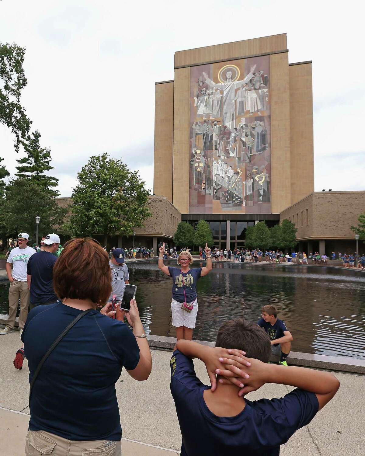 University of Notre Dame Total 2014 endowment: $8 billion Source:Business Insider