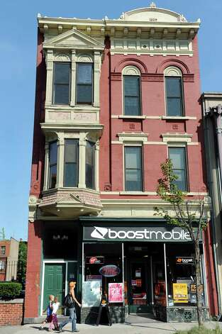 This building at 20 Fourth St. in Troy was sold to a Troy city attorney in 2007, two months before it became the campaign headquarters for then-Mayor Harry Tutunjian. (Cindy Schultz / Times Union) Photo: Cindy Schultz / 00028336A