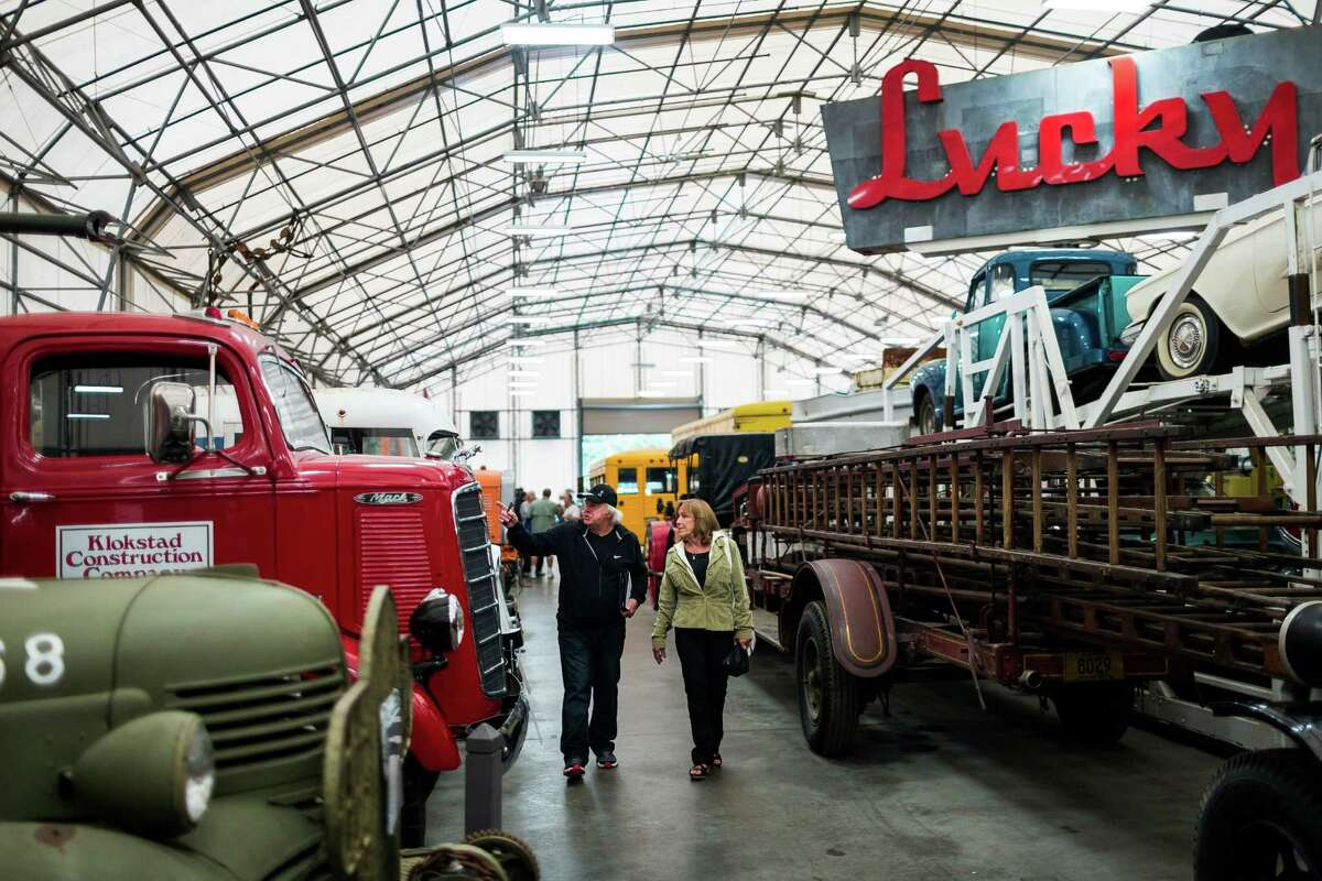 Attendees took in the sights of over 1,000 vintage vehicles, collections of dolls, antiques, and other nostalgic memorabilia.