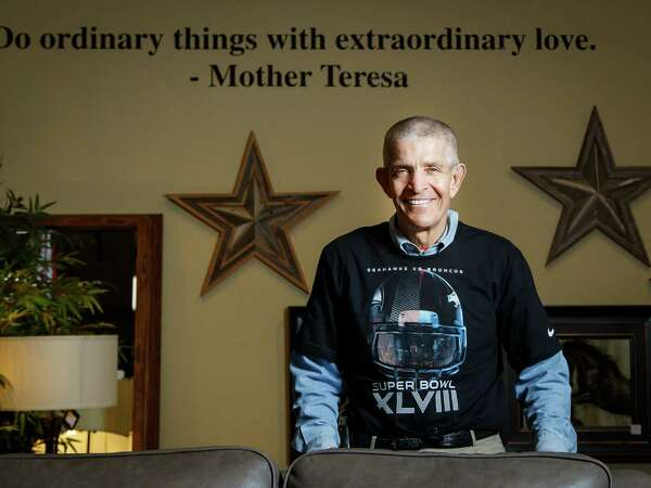 """Jim """"Mattress Mack"""" McIngvale, owner of Gallery Furniture, poses for a photo in his store, Friday, Jan. 24, 2014, in Houston. ( Michael Paulsen / Houston Chronicle )"""