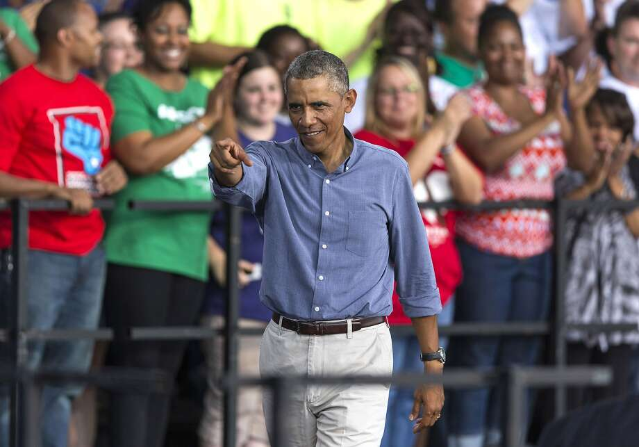 President Obama cites the nation's improving economy to bolster Democratic candidates during a Milwaukee Labor Day visit. Photo: Tom Lynn, Getty Images