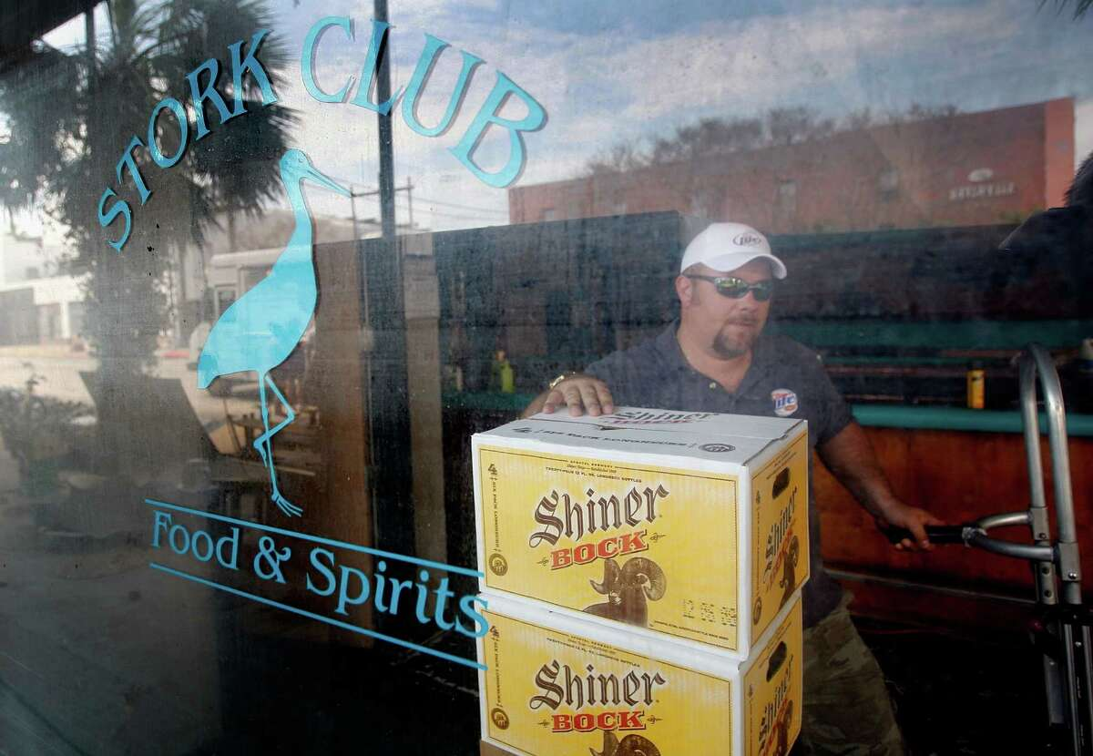 20. Texas Texas is known for its iconic beers, such as Shiner Bock and Lone Star. But Thrillist says the state also has some legit brews coming from places like Jester King, Saint Arnold and Deep Ellum.