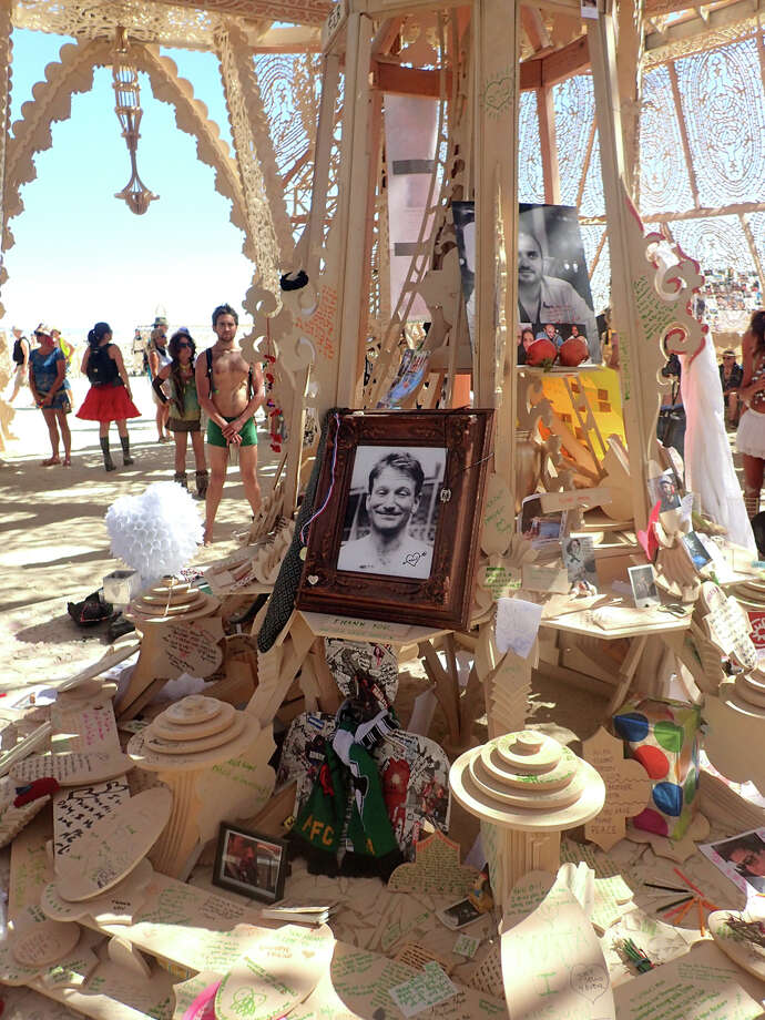 Of course Robin was in the Temple. Along with many thousands of others. Photo: Mark Morford