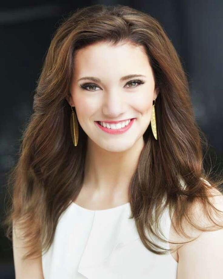 Miss Minnesota - Savannah ColeTalent: VocalCareer goal: Physical therapistPlatform: Epilepsy awareness Photo: Miss America Organization / ©2014 Sarah Morreim Photography
