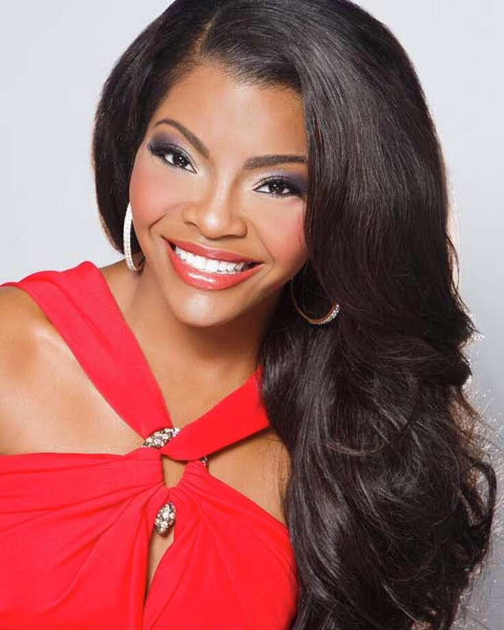 Miss Mississippi - Jasmine Murray Talent: Vocal Career goal: Professional singer and news anchorPlatform: 13 Going On 30 - Teaching Young Girls to Embrace Their Age Photo: Miss America Organization