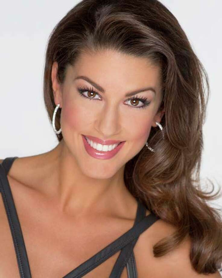 Miss Oklahoma - Alex Eppler Talent: Contemporary danceCareer goal: Physician's assistant and medical missionaryPlatform: Dare 2 Care: Random Acts of Kindness Photo: Miss America Organization / Leigh Thompson