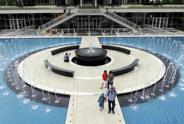 The new fountain at the UAlbany campus center on Friday Aug. 22, 2014 in Albany, N.Y. (Michael P. Farrell/Times Union) Photo: Michael P. Farrell, Albany Times Union