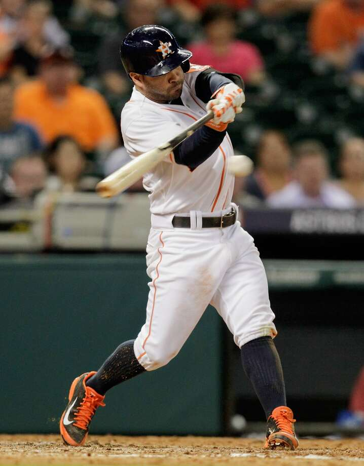 The Astros' Jose Altuve had four hits for the second straight game. Photo: Bob Levey, Getty Images