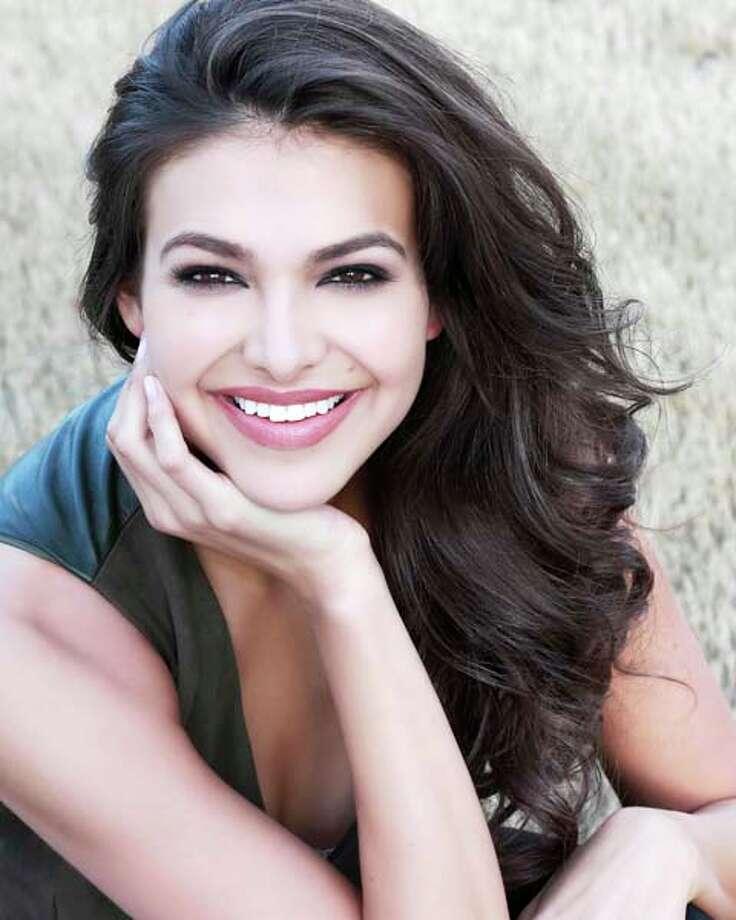 Miss Alabama - Caitlin BrunellTalent: Character ballet en pointe Photo: Miss America Organization