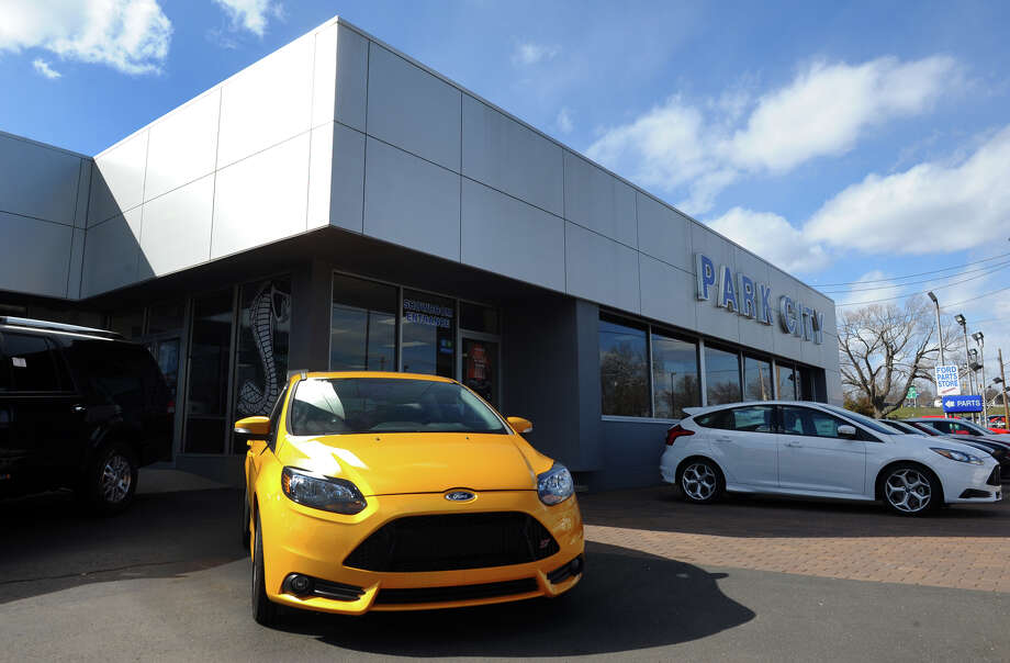 Park City Ford in Bridgeport, Conn. appears in this file photo. Most major automakers reported stronger-than-expected U.S. sales in August, leading to predictions of the highest annual selling rate in at least eight years. Photo: Christian Abraham / Connecticut Post
