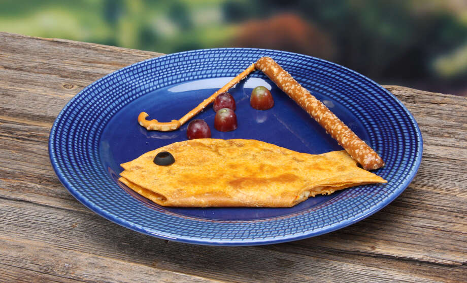 This fish-shaped quesadilla makes for a fun lunch for kids. (Jodie Fitz)
