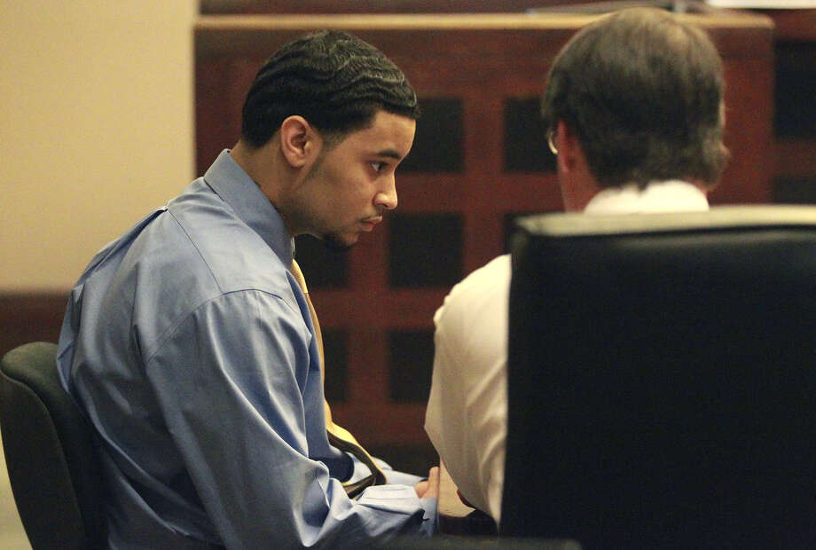 Darius Goodwin sits in court as he's found guilty of manslaughter in the fatal shooting of his father two years ago. Photo: John Davenport / San Antonio Express-News / ©San Antonio Express-News/John Davenport